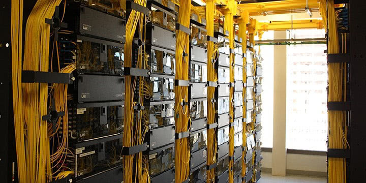 Internet And Cable Providers >> The Meet-Me-Room · Colocation Northwest